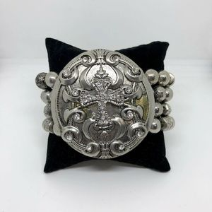 Jewelry - Silver Chunky Cross Rhinestone Stretch Bracelet